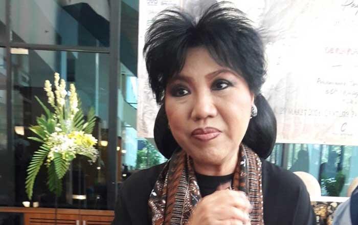 Perancang Busana Anne Avantie Meminta Maaf pada Orang Minang