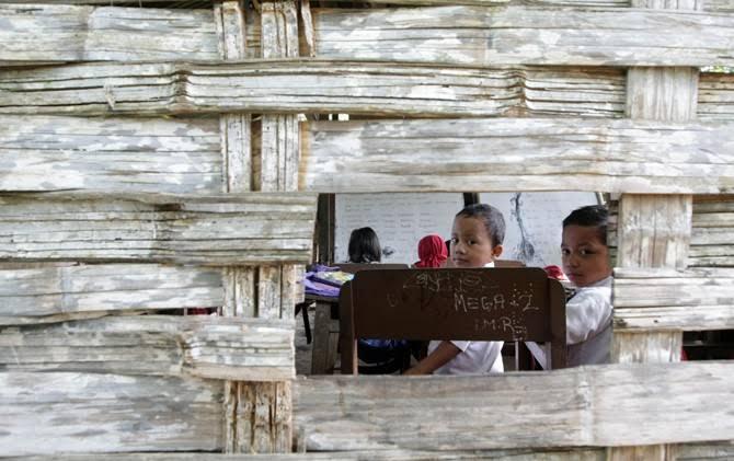 Tak Diterima di Jalur Afirmasi, Riska Terancam Putus Sekolah