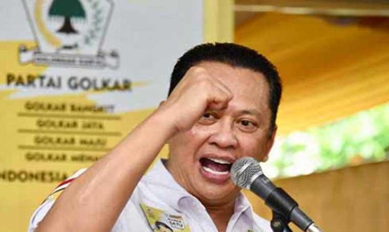 Pak Jokowi Senyumnya Ramah, Tak Pasang Muka Kencang