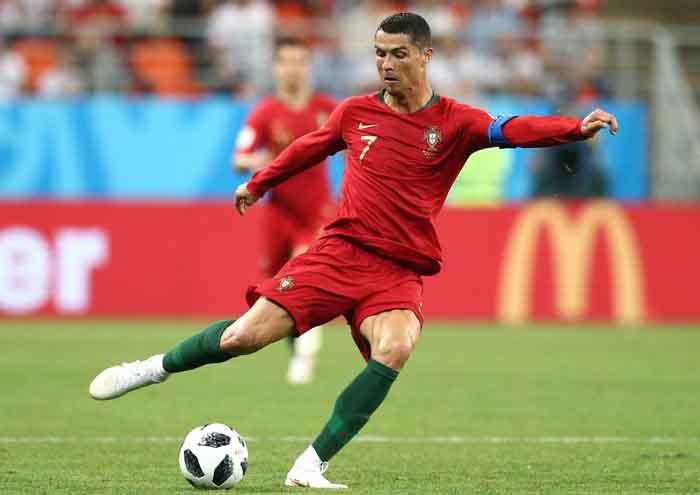 Siap-siap, Serial-Dokumenter Ronaldo Segera Digarap Facebook