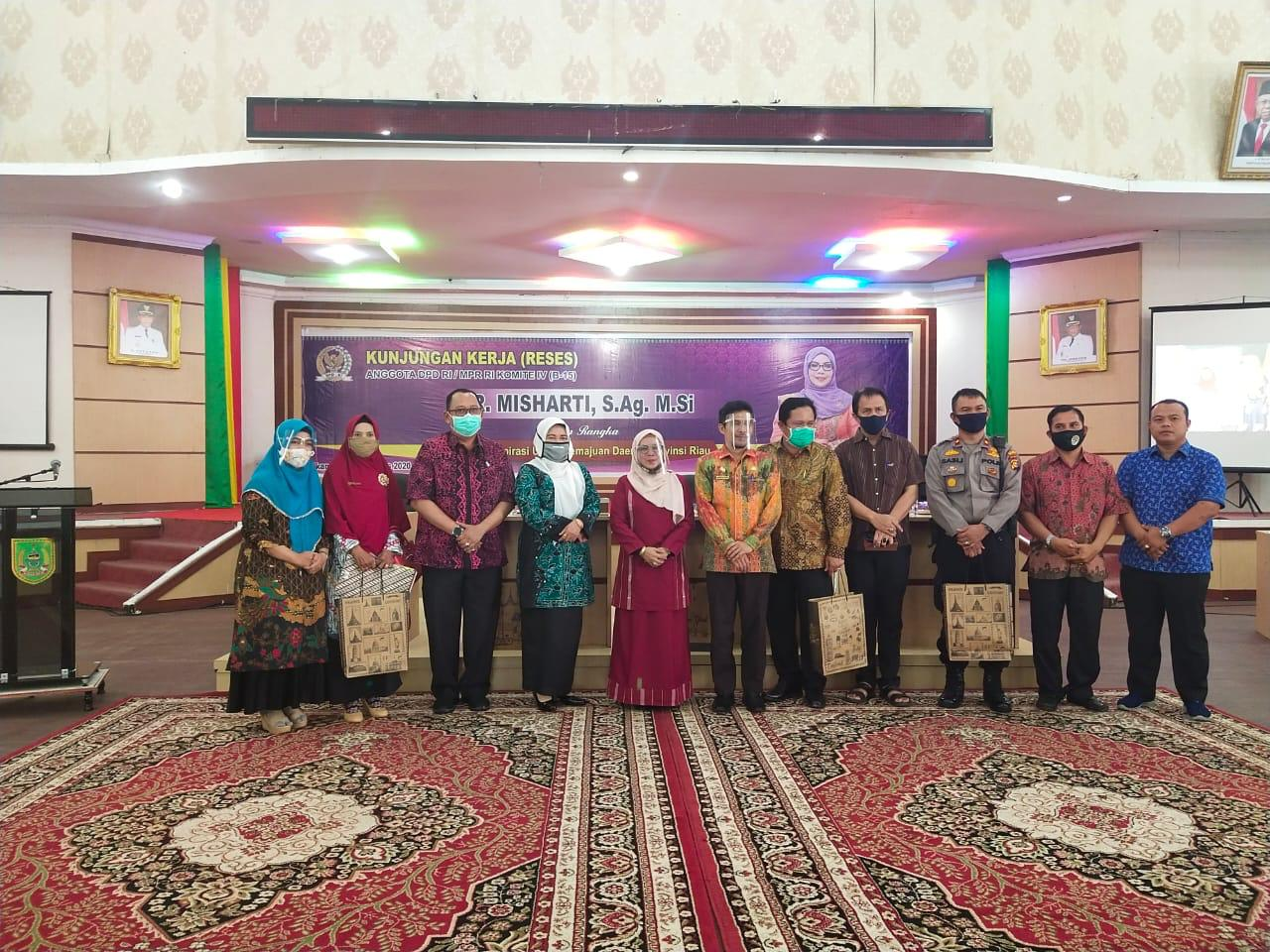 Anggota DPD RI Misharti Serap Aspirasi Warga Rohil