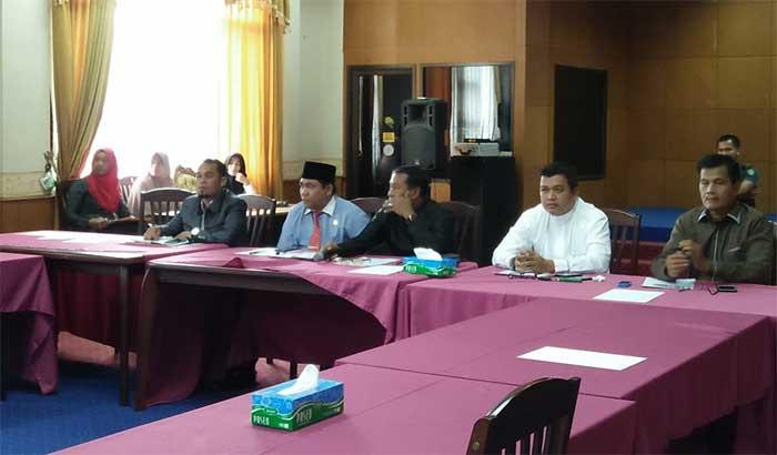 Hearing,PKL dengan Pemkab Siak Belum Capai Kesepakatan