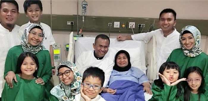 Berlebaran di Rumah Sakit dan Mengunjungi Perumahan Teroris