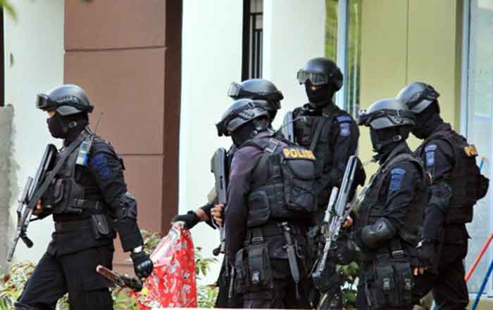 Pascateror Surabaya, Polisi Amankan 13 Orang Terduga Teroris Jaringan JAD