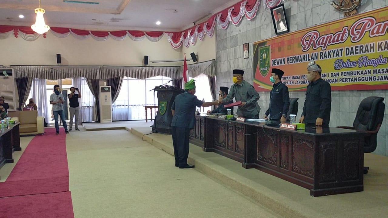 Paripurna Memanas, 21 Dewan Teken Mosi Tidak Percaya ke Ketua DPRD Inhu