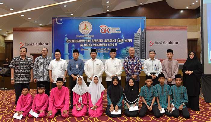 FKIJK Riau Gelar Buka Bersama dan Santuni 100 Anak Yatim