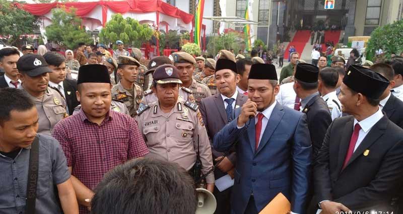 Terima Pendemo Jadi Tugas Pertama Ketua DPRD Pekanbaru