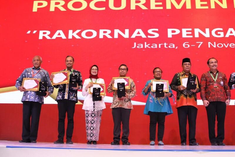 KLHK Raih Penghargaan National Procurement Award dari LKPP