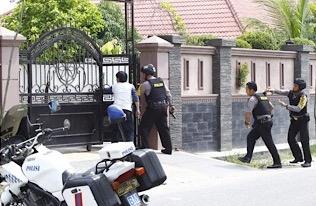 Rampok Bersenjata Satroni Rumah Mewah Jalan Rawa Mangun