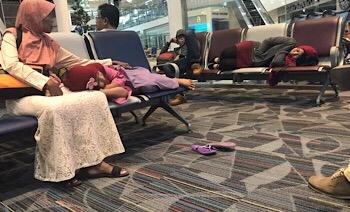 """Tanpa Panduan, Penumpang Lion Air """"Terlantar"""""""