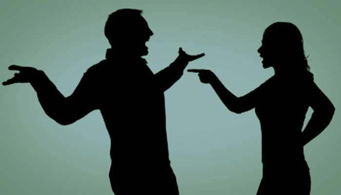 Duh... Punya Suami Rupawan kok Hidup Berasa Tak Tenang