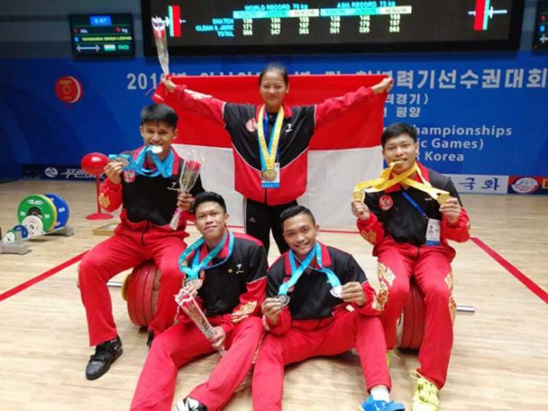 Lifter Muda Indonesia Pecahkan Tiga Rekor Dunia