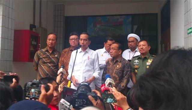 Diangkut Pakai Heli, Wiranto Dalam Kondisi Sadar
