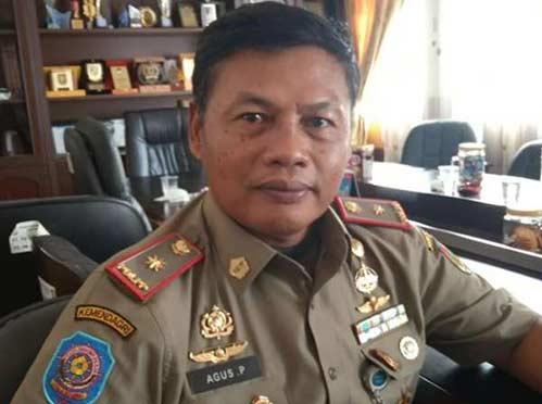 Eks Anggota DPRD Larikan Mobil Dinas