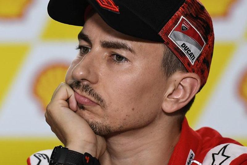 Lorenzo Dirumorkan Kembali ke Ducati
