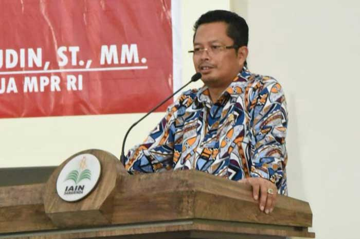 Wakil Ketua MPR Tak Setuju Penyebar Hoaks Dijerat UU Terorisme