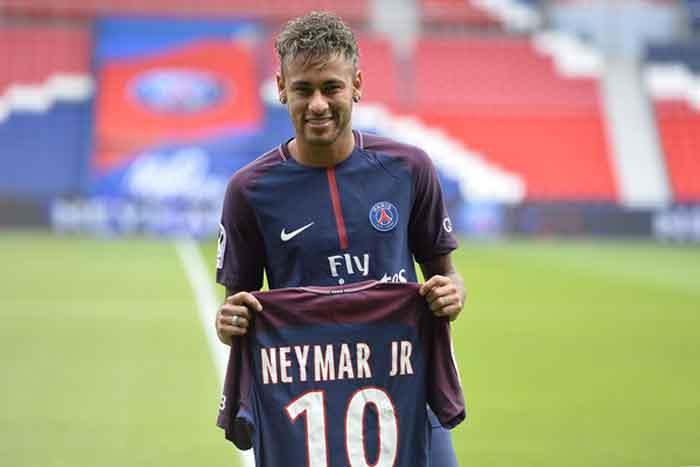 PSG Menang Telak, tapi Neymar Puasa Gol