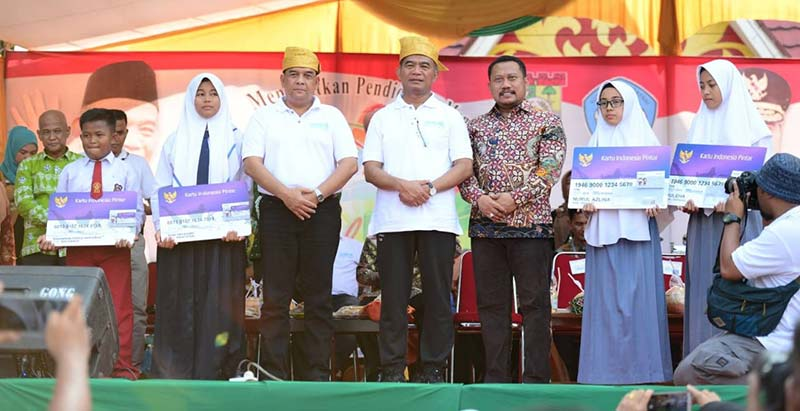 Gebyar Pendidikan dan  Kebudayaan Sukses di Riau