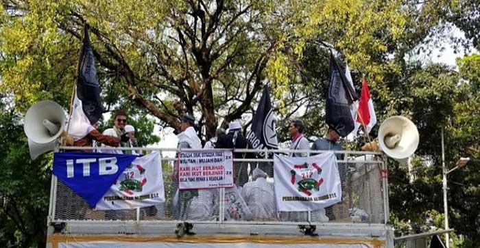 Orator PA 212 Ancam Prabowo Jika Terima Jabatan dari Jokowi