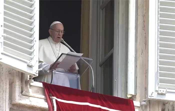 Kotbah dari Vatikan, Paus Doakan para Korban dan Keluarga