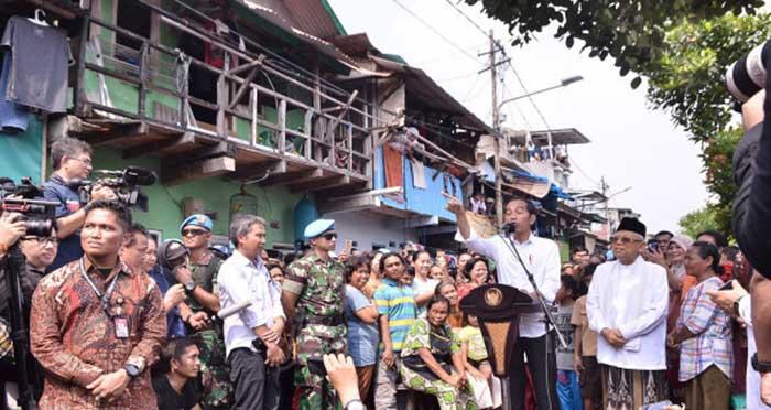 Jokowi - Ma'ruf Pidato Kemenangan Secara Sederhana, di Kampung Ini...