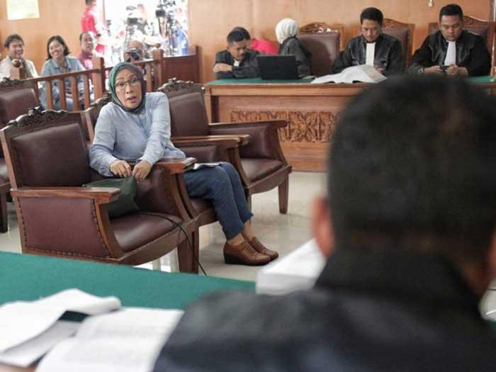Ratna Sarumpaet Dituntut Hukuman Penjara 6 Tahun
