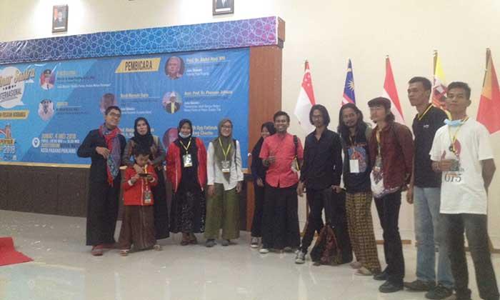 """""""Raung Cipang"""" Tampil di Temu Penyair Asia Tenggara"""