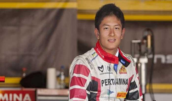 Rio Haryanto Ngebut di T2 Motorsport Pakai Ferari