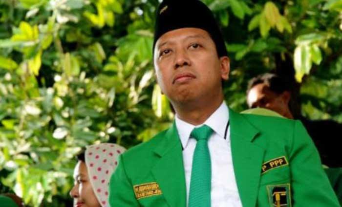Jokowi Akui Spontan Sebut Romahurmuziy Cocok Jadi Cawapres