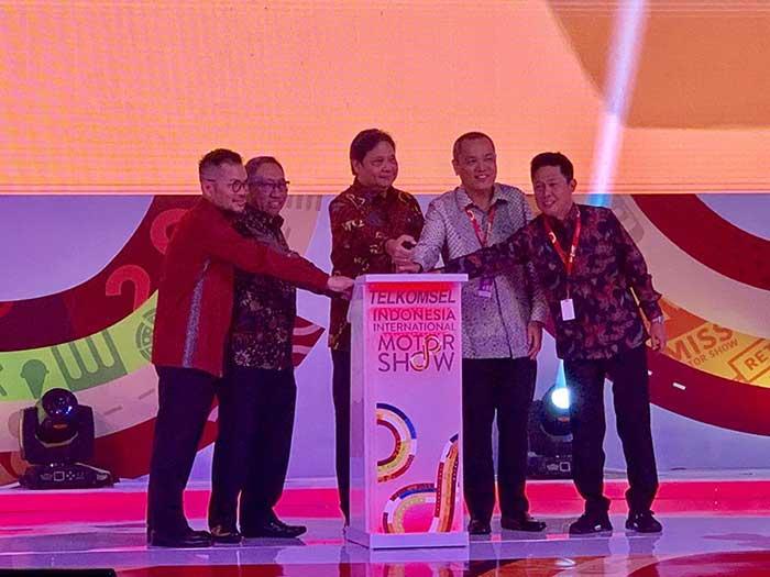 Telkomsel Jadi Sponsor di Telkomsel Indonesia International Motor Show 2019