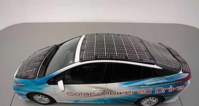 Toyota Rancang Mobil Bertenaga Panel Surya