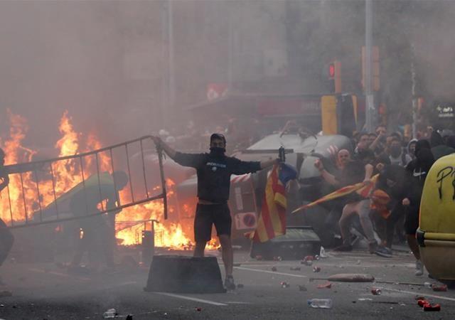 Catalunya Makin Membara, El Clasico Kena Imbas