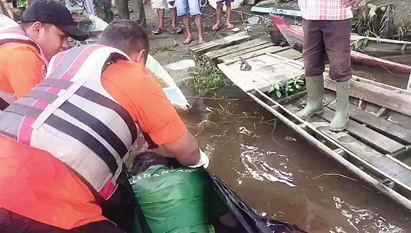 Siswa SMK 7 yang Terbawa Arus Sungai Siak Ditemukan Tewas Tiga Km dari Lokasi Hanyut