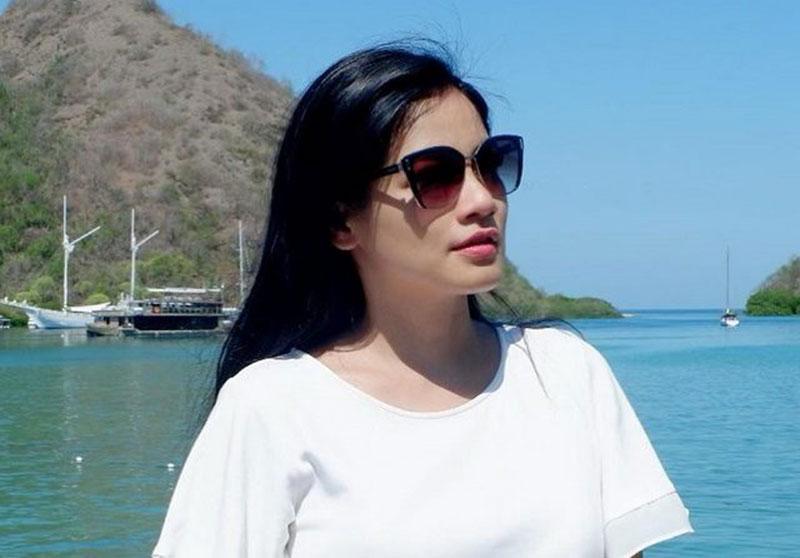 Titi Kamal Takut Suaminya Syuting di Bangkok