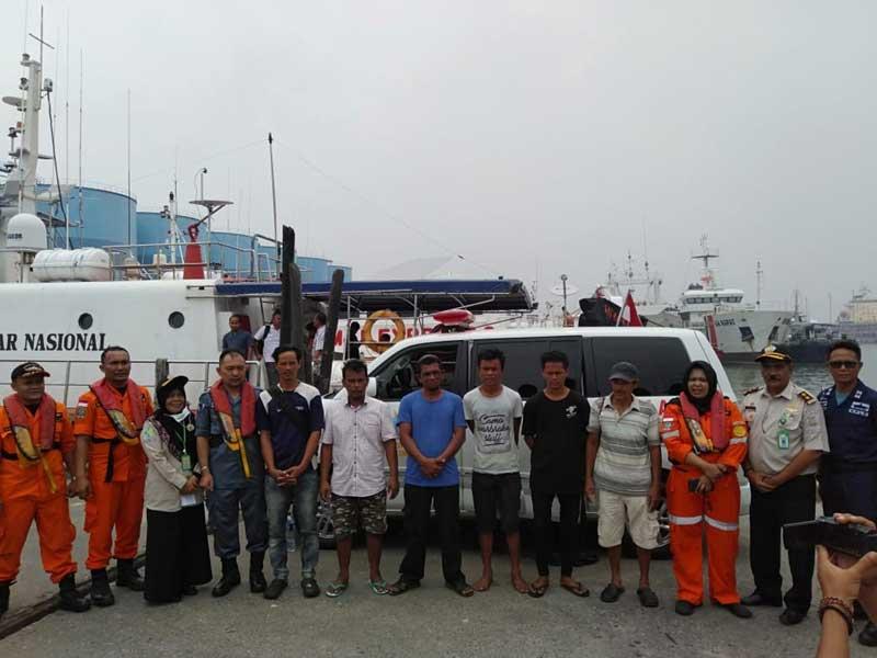 24 Jam Terombang-ambing di Lautan, ABK KM Hamisa Jaya Selamat