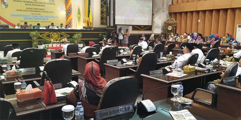 Paripurna HUT Pekanbaru, 23 Orang Wakil Rakyat Tak Hadir