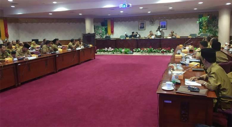 DPRD Perjuangkan Anggaran Sekolah Gratis Untuk Masyarakat Riau