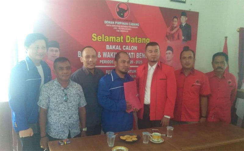 Syaukani Alkarim Ambil Formulir Balon Bupati/Wabup PDIP
