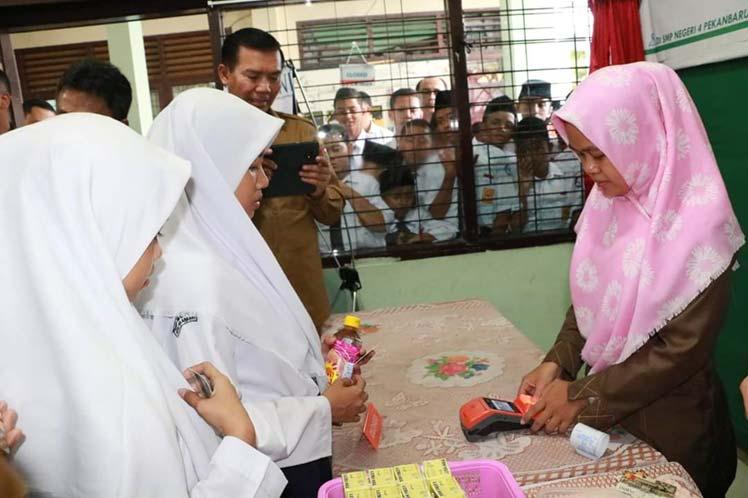 Kartu Smart Madani dan Kartu Indentitas Anak Resmi Diluncurkan
