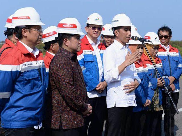 Jokowi Minta Erick dan Ahok Selesaikan Kilang TPPI Selama 3 Tahun