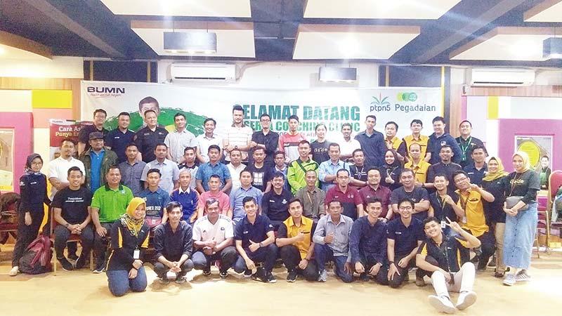 Pegadaian Gelar Coaching Clinic Undang Indra Sjafri
