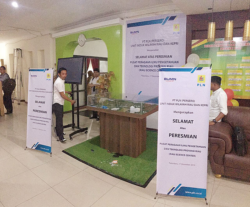 PLN Pamerkan Perjalanan Listrik Ikut Pameran Riau Science Center
