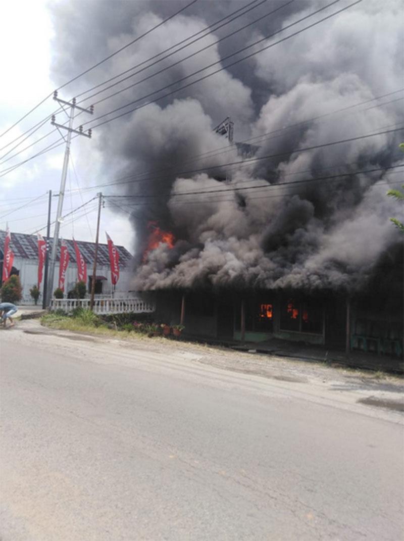 Rumah Ludes Terbakar saat Ditinggal Penghuni ke Pasar