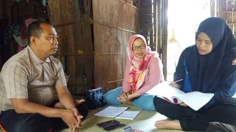 """Upaya """"Menyelamatkan"""" Bahasa Talang Mamak"""
