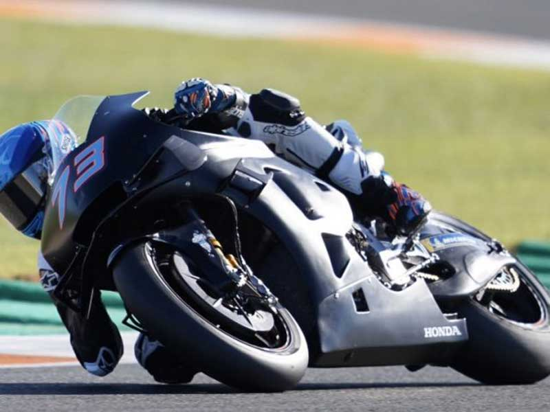 Baru Saja Jadi Pembalap Repsol Honda, Alex Marquez Langsung Jatuh