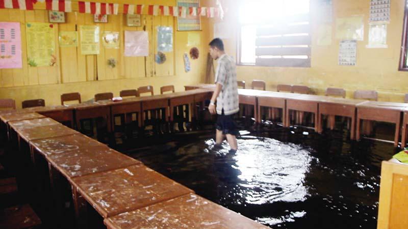 Sepekan Alami Banjir, Siswa Diliburkan