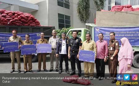 Bea Cukai Aceh Hibahkan 30 Ton Bawang Merah Kepada Pemerintah