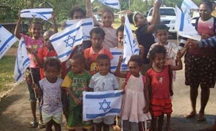 Simak! Begini Kritik Fadli Zon soal Pengibaran Bendera Israel di Papua