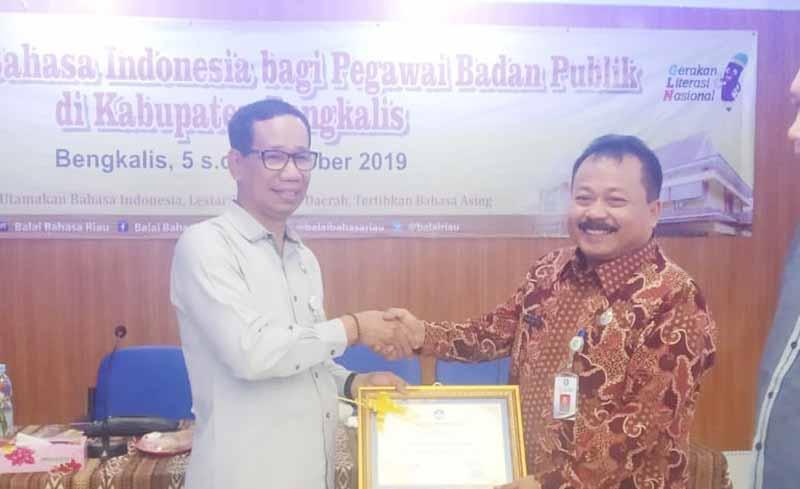 Penggunaan Bahasa Indonesia Harus Terus Ditingkatkan