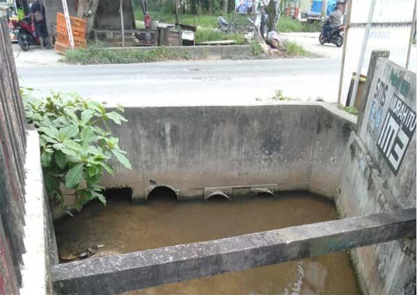 Warga Rumbai Desak Perbaikan Gorong-Gorong